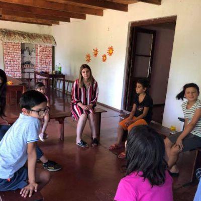 Die Kinder lernen eine Meinung zu vertreten, einander zuzuhören und auch Feedback zu geben.
